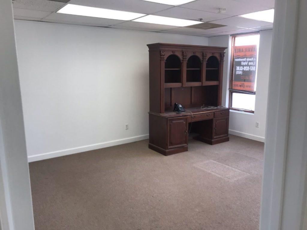 mundelein office for rent